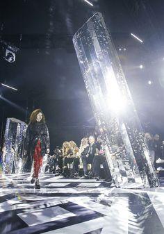 Louis Vuitton's most spectacular show sets | Vogue Paris