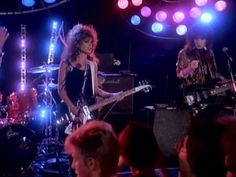 A default favorite song - and band - for me any morning I have a hard time waking up. More Bangles to follow !