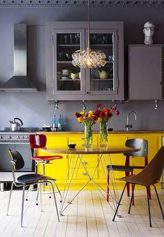 Uma pitada de amarelo na decoração