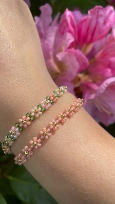 Diy Jewelry Rings, Diy Crafts Jewelry, Bracelet Crafts, Bead Jewellery, Beaded Jewelry Designs, Jewelry Trends, Making Bracelets With Beads, Jewelry Making, Beaded Bracelet Patterns