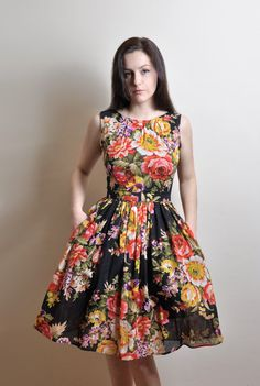 Black Floral dress Day Dress Cotton gauze Made to by atelierMANIKA, $67.00; Floral Dress, Cotton Dress, Dress With Pockets, Rose print, Floral print, Rustic dress