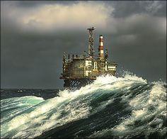 gcaptain.com Sea State, Peak Oil, Big Waves, Ocean Waves, Oil Platform, Oilfield Trash, Shale Gas, Drilling Rig, Oil Industry