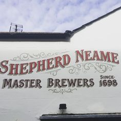 #whitstable #handpainted #signage #graphicdesign #typography #type #new #inn #lettering #kent #england #pub @shepherdneame #brewery #beer | by daigoeng