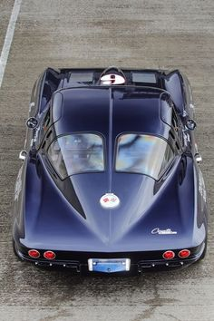 1963 Chevrolet Corvette While it is true of which Muscular Auto is undoubtedly an Corvette C2, Classic Corvette, Chevrolet Corvette Stingray, Corvette History, Stingray Corvette, Muscle Cars Vintage, Vw Vintage, Ford Motor Company, Classic Cars
