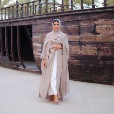 Hijab Styles 640848221959626986 - Source by Modest Fashion Hijab, Modern Hijab Fashion, Street Hijab Fashion, Modesty Fashion, Hijab Fashion Inspiration, Abaya Fashion, Muslim Fashion, Mode Inspiration, Bohemian Fashion