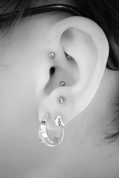 Got the helix pierced today. Next will be the anti tragus.