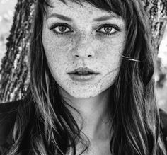 Natural Face, Natural Beauty, Models With Freckles, Beauty Must Haves, All Things Beauty, Pretty Face, Makeup Cosmetics, Eye Makeup, Health And Beauty