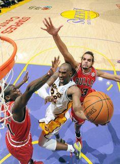 Kobe Bryant - LA Lakers Bulls vs lakers 0ae9c3431