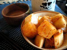 外に出るのが億劫な寒い日は、家でピリ辛の温かい韓国料理で体を温めちゃいましょう♡簡単にできる韓国料理レシピをご紹介致します!