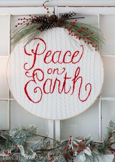 Embroidery Hoop Christmas Art