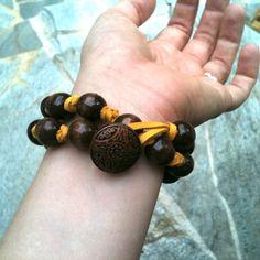 I Am Momma - Hear Me Roar: Super Simple Beaded Bracelet