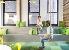 Take a Tour of One Medical's Gorgeous New York City Office Office Fit Out, Front Office, Tiered Seating, City Office, Most Comfortable Office Chair, Office Seating, Co Working, Stackable Chairs, Office Interiors