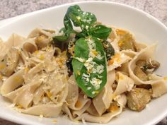Artischoken-Orangen-Pesto  Freunde am Kochen Pasta, Orange, Risotto, Spaghetti, Ethnic Recipes, Food, Friends, Cooking, Eten