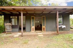 The Tin Shed - Byron hinterland - Cabins for Rent in Nashua, New South Wales, Australia Tin House, Tiny House Cabin, Shed Design, House Design, Rustic Shed, Farm Shed, Tin Shed, Shed Homes, Shed Plans