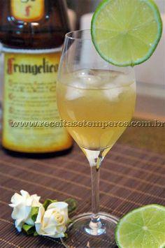 Receita de Licor de Avelã com Limão passo-a-passo. Acesse e confira todos os ingredientes e como preparar essa deliciosa receita!