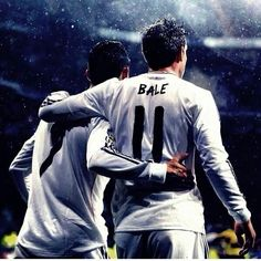 Cr7 sharing his happiness with his best friend Gareth Bale