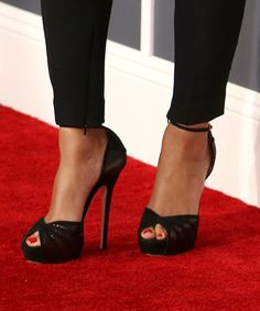 Beyonce Knowles - The 55th Annual GRAMMY Awards - Red Carpet