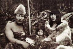 Crónicas de la Tierra sin Mal : El genocidio fueguino, la masacre del pueblo selk'nam