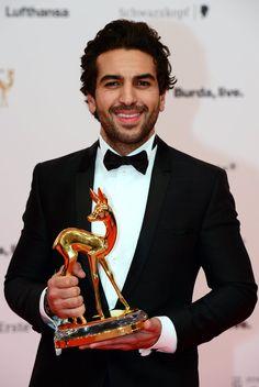 "Pin for Later: Große Emotionen beim Bambi 2014 Elyas M'Barek Elyas M'Barek erhielt den Bambi in der Kategorie ""Film National""."