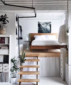 "Gefällt 1,276 Mal, 11 Kommentare - Laura Dittrich (@fashionlandscape) auf Instagram: ""Mezzanine bedroom dream via @acupofjo ☁️ #interior #inspiration #interiordesign #mezzanine…"""