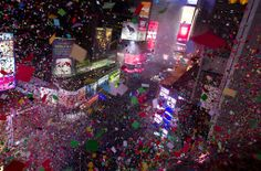 Ball drops in NYC's Times Square, ushering in 2014 - http://therealconservative.net/2014/01/01/breaking-news/ball-drops-in-nycs-times-square-ushering-in-2014/