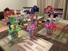 Teen titans go party centerpiece Teen Titans Robin, Teen Titans Go, 8th Birthday, Birthday Parties, Party Ballons, Girl Superhero Party, Pokemon Party, Party Centerpieces, Christmas Gifts For Kids