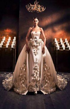 Платье как искусство: Ezra Atelier Haute Couture