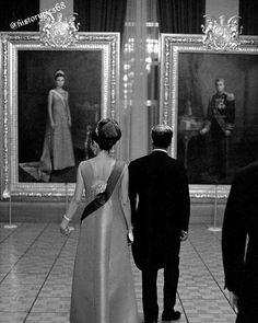 Shah Mohammad Reza Pahlavi and Empress Farah of Iran Farah Diba, Pahlavi Dynasty, The Shah Of Iran, Tehran Iran, Iranian Women, Persian Culture, Kaiser, Historical Photos, Royalty
