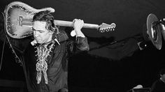 Stevie Ray Vaughan Takes Centerstage To Cover Jimi Hendrix's 'Voodoo Child' | Crowd Is Instantly Stunned
