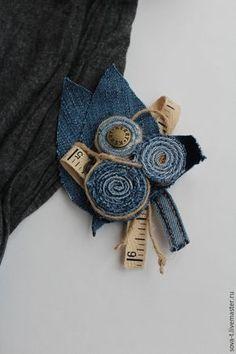 """Купить Брошь джинсовая """"Отличница"""" - авторская работа, брошь, брошь цветок, брошь в форме цветка"""