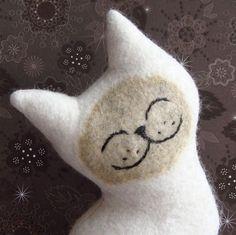 More cats:  http://OzziCat.com.au  http://facebook.com/OzziCat