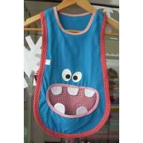 como hacer un delantal de jardin para niña - Buscar con Google Dress Up Aprons, Fun Crafts, Crafts For Kids, Happy Monster, Adult Bibs, Easy Sewing Patterns, Sewing Clothes, Activities, Children