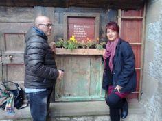 Ezio Catalano e Caterina Migliazza http://www.fabriziocatalano.it/domenica-4-maggio-comunita-romena-pratovecchio-cercando-fabrizio/