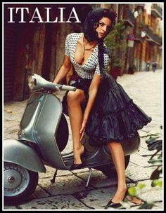Scooters Vespa, Motos Vespa, Motor Scooters, Gas Scooter, Scooter Girl, Vespa Girl, Vintage Vespa, Italian Women, Italian Beauty