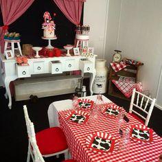 Little Wish Parties - Blog: Farmyard Party Boo Boo & Bear