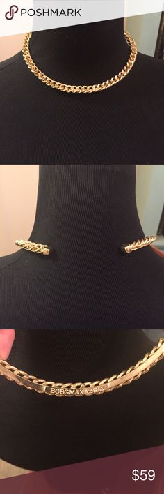 "NWOT BCBGMAXAZRIA gold collar choker necklace Approx 13.5"" around. Retails for over $100. Ships same or next day. Price Firm. BCBG Jewelry Necklaces"