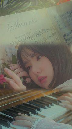 Kpop Girl Groups, Korean Girl Groups, Kpop Girls, Gfriend Album, Sunrise Wallpaper, Jung Eun Bi, Cloud Dancer, Tumblr Wallpaper, Wallpaper Lockscreen