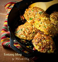 Tortang Itlog (Filipino Style Omelet) http://wokwithray.net/wwr/2011/08/torta/