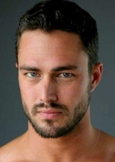 Taylor Kinney Crew Cut Hairstyle: A crew for thick / curly hair30 Crew Cut Hairstyles for Men | MenwithStyles.com