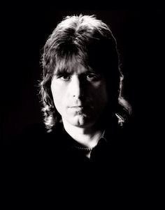 The one and only cozy Powell. Best rock drummer ever rip.