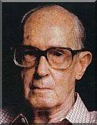 CARLOS DRUMMOND DE ANDRADE, poeta, contista, cronista, funcionário público. Nasceu em Itabira, MG, em 31 de Outubro de 1902, e faleceu em 17 de Agosto de 1987, na cidade do Rio de Janeiro, RJ.