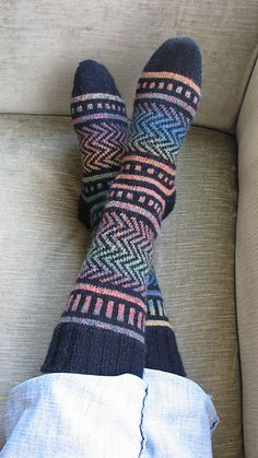 Knit Socks--free patter!