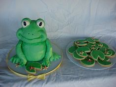 lily pad sugar cookies to go with frog cake