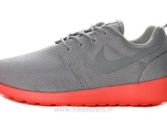 check out 5ff11 031cb Nike Roshe Run pour Homme Grise Rouge Mesh Nike Roshe Run Grise Homme