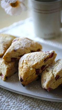 This strawberry scone recipe is a perfect treat for Valentine's Day Breakfast. They are light and flakey and can be made a day ahead! Blueberry Scones Recipe, Fruit Scones, Strawberry Scones, Easy Brunch Recipes, Fun Baking Recipes, Dessert Recipes, Scone Recipes, Desserts, Breakfast Bake