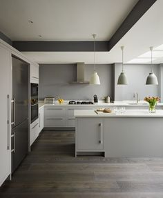 Black and White Kitchen Floor Ideas 20 Dark Kitchen Ideas for Every Kitchen Size White Kitchen Floor, Dark Grey Kitchen, White Kitchen Cabinets, Dark Cabinets, Shaker Kitchen, Orange Kitchen, Green Cabinets, Kitchen Paint, Kitchen Appliances