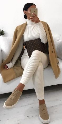 lounge wear look at home Winter Fashion Outfits, Fall Winter Outfits, Look Fashion, Autumn Fashion, Womens Fashion, Fashion Trends, Cute Casual Outfits, Stylish Outfits, Loungewear Outfits