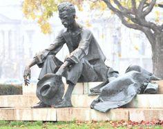 The great Hungarian poet Attila József statue of the Hungarian parliament - Budapest (Marton László, 1980) | Köztérkép