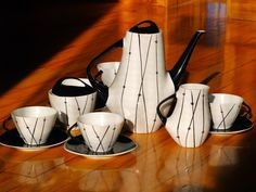 Barbara z Bogucic, Ewa z Tułowic i Iza z Chodzieży Make Beauty, Coffee Set, Vintage Ceramic, Bone China, Mid-century Modern, Tea Pots, Kids Room, Art Deco, Mid Century