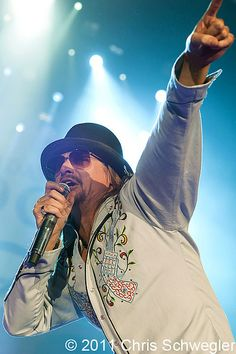 "#Kid Rock @ ""Born Free""..."